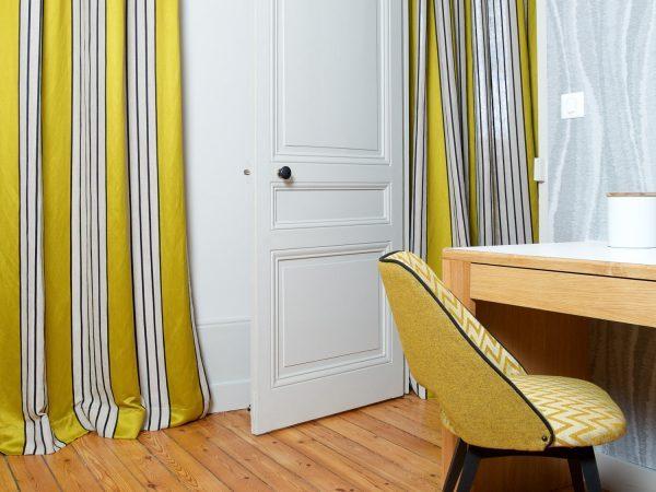 decorateur interieur Lyon Rideaux tissu PIERRE FREY et tringles HOULES